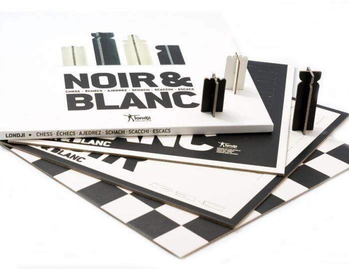 ESCACS BLANC / NEGRE