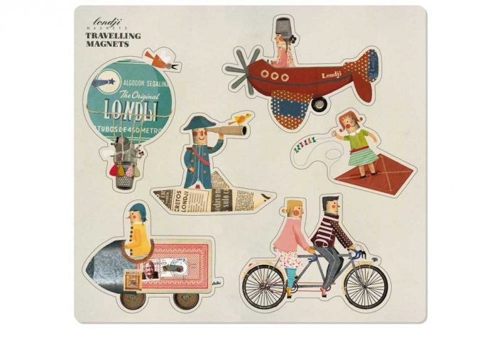 TRAVELLING MAGNETS